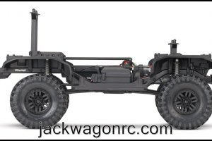 82016-4-TRX-4-Chassis-Kit-Side-IMG_1580