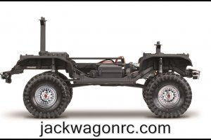Traxxas-82046-4-Bronco-chassis-sideview