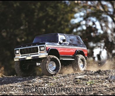 Traxxas-82046-4-Bronco-red-left-woods-action
