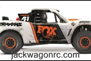 Traxxas-85076-4-FOX-sideview